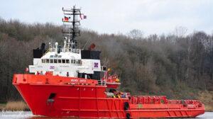 voyaging hunter bremen ship delivery TOS