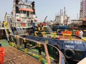 ship-delivery-seaspan-rogue