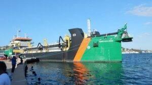 Captain Piet also Delivers sister Ship TOS
