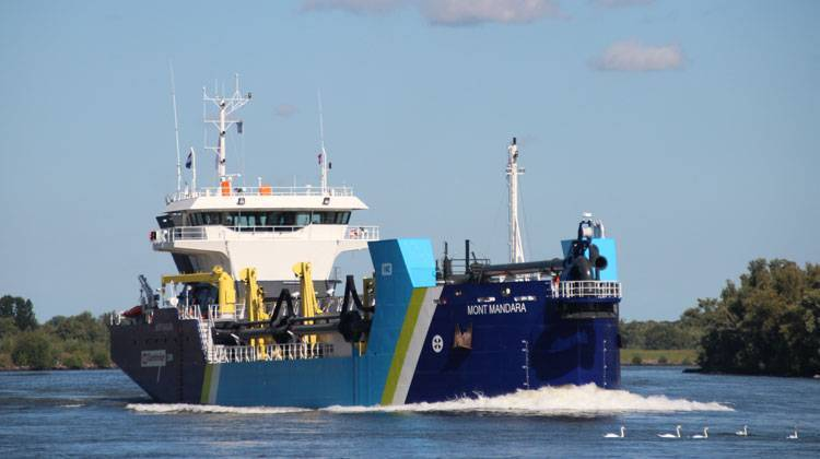 Dredger Ship Delivery TOS